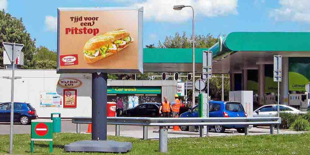 Trotter billboard - Petrol - buitenreclame - image building