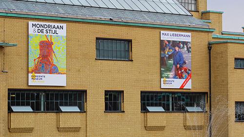 Gemeentemuseum gevel reclame