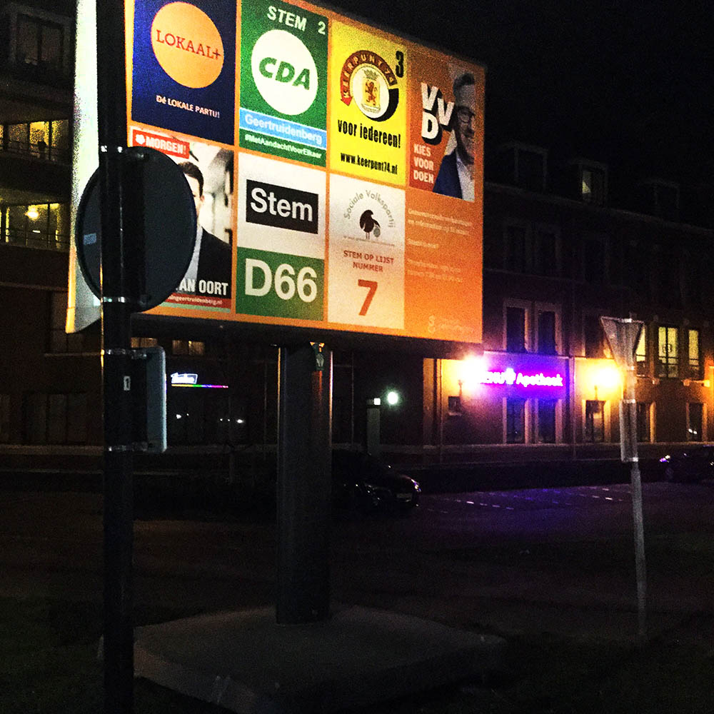 Verkiezingsborden die zelfs in het donker opvallen!
