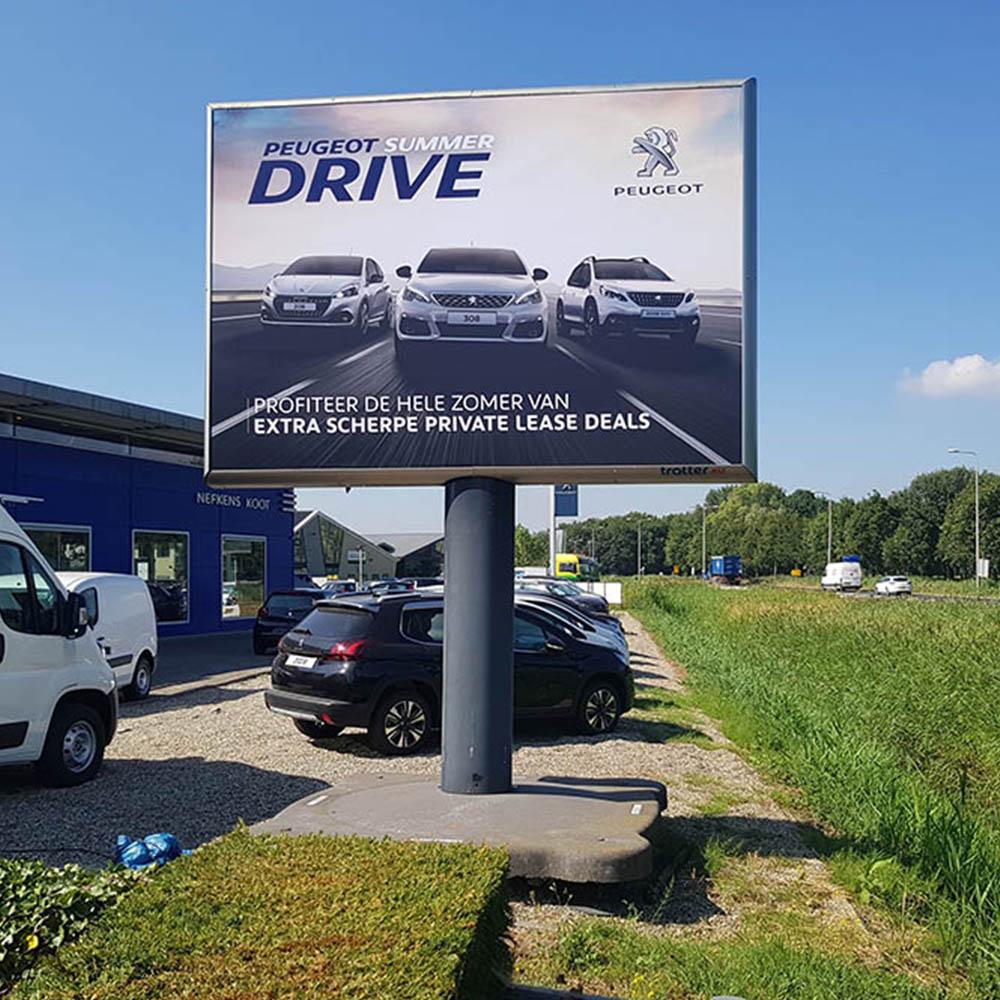 automotive marketing uniformiteit creatie trotter billboard