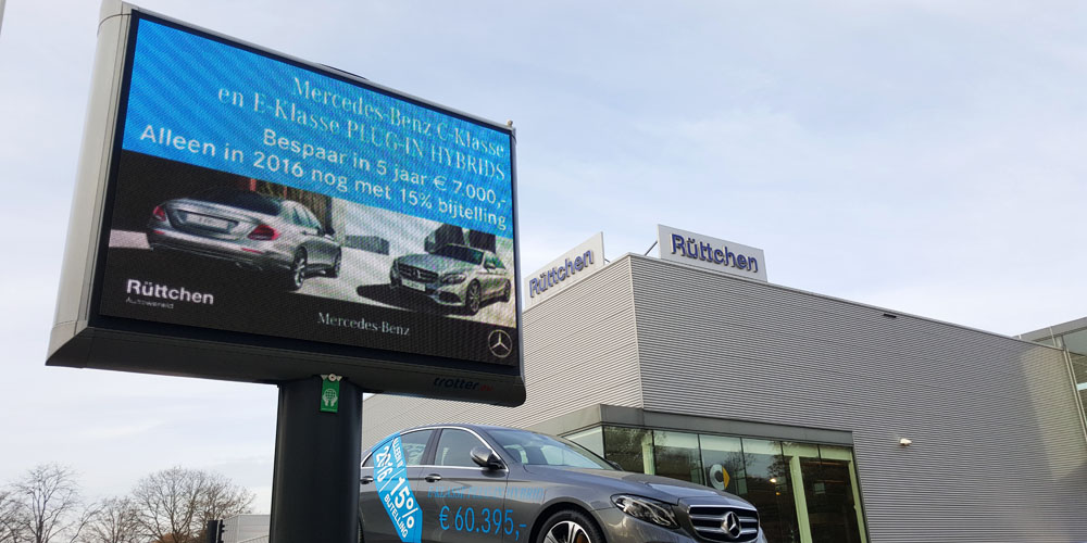LED reclame trotter automotive image building 1000x500