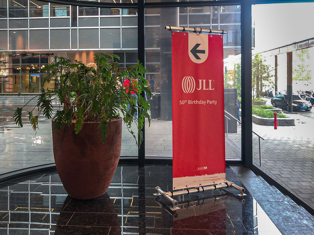 event aankleding jll display 50th birthday party