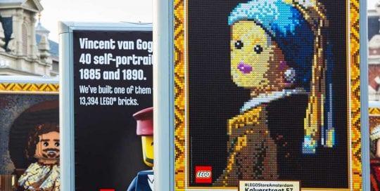 LEGO expo amsterdam trotter billboard 1000x1000