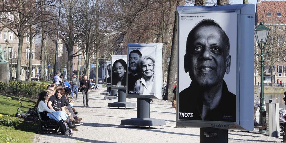 reclame maken op of aan de openbare weg buiten expositie in de openbare ruimte vergunningen en ontheffingen