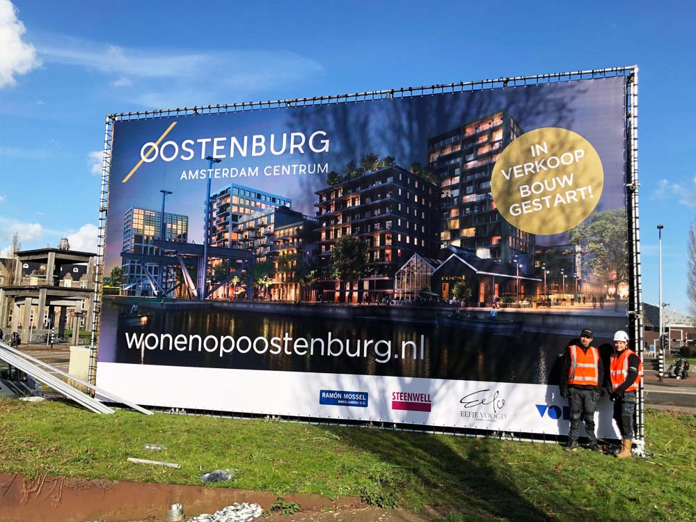 aluminium vastgoedbord kubus vorm vastgoed buizenframe oostenburg