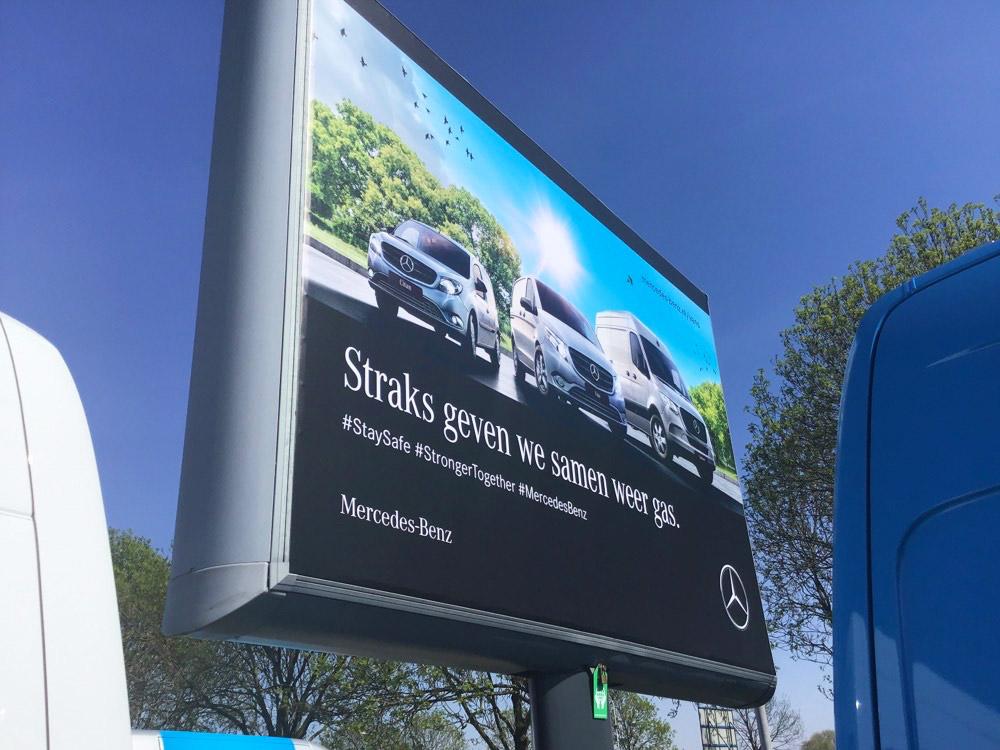 Mercedes trottercampagne landelijk trotter trotterbord billboard 2 1000x750