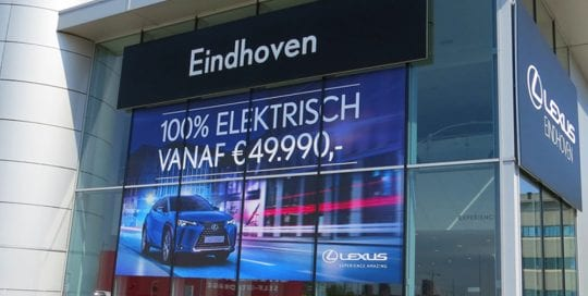 Showroom raamstickers lexus eindhoven 1000x1000
