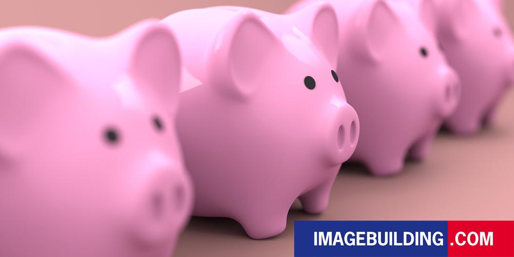 kosten besparen met buitenreclame zo doe je dat image building piggy bank