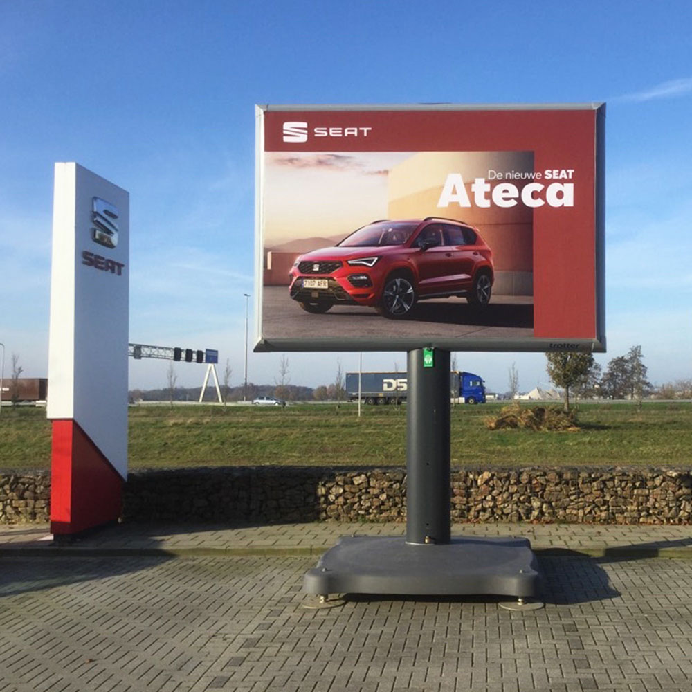 seat trotter campagne ateca landelijk trotter billboards automotive marketing 1000x1000