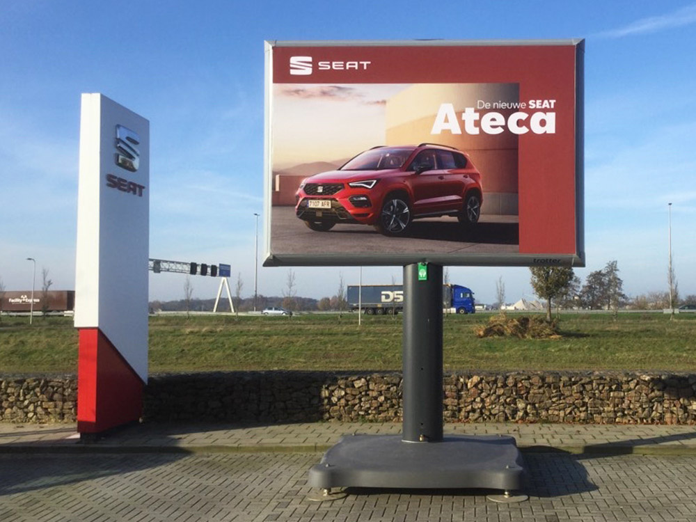 seat trotter campagne ateca landelijk trotter billboards automotive marketing 3 1000x750